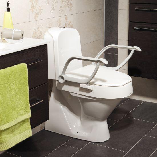 Toilettensitzerhöhung neigbar