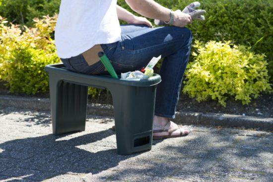 Seduta da giardino e banco per ginocchia